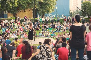 La sécurité du théa^tre de rue et des festivals d'été par ARTEK Formations